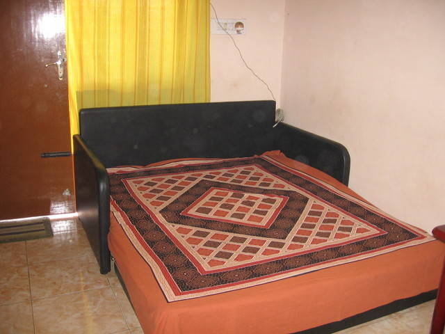 Fully wooden sofa cum bed for sale from karnataka for Second hand wooden sofa