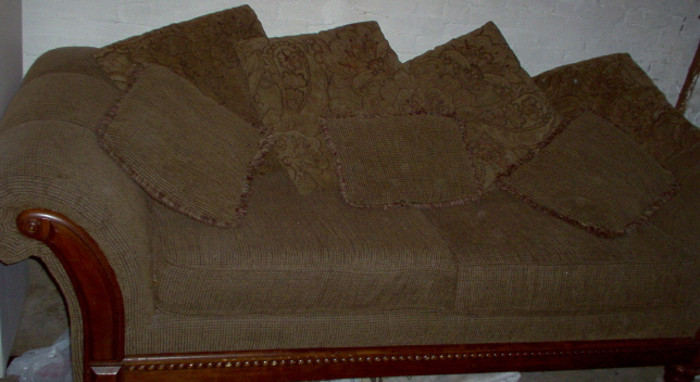 Big comfy couches for sale from pittsburgh pennsylvania for Comfy couches for sale