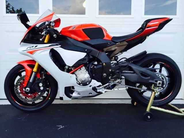 2015 yamaha yzf r1 for sale from newark new jersey classifieds usa 1070105. Black Bedroom Furniture Sets. Home Design Ideas