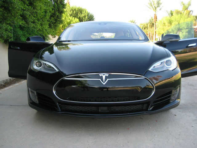 2014 tesla model s for sale from frazier park california classifieds usa. Black Bedroom Furniture Sets. Home Design Ideas
