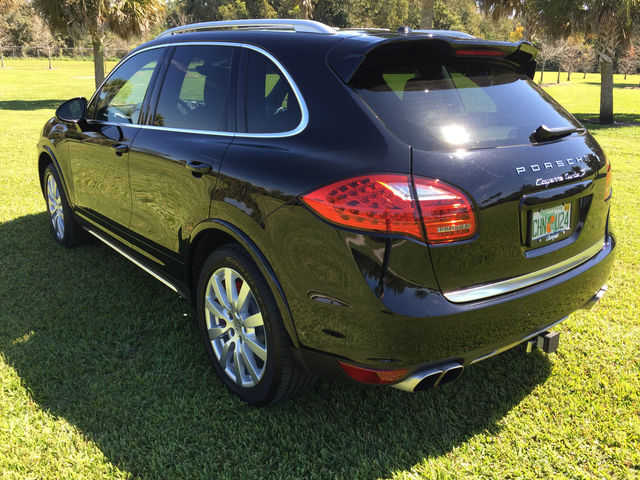 2014 porsche cayenne turbo s for sale from orlando florida classifieds usa. Black Bedroom Furniture Sets. Home Design Ideas