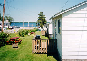 FOR RENT / LEASE: FAMILY FISHING COTTAGES