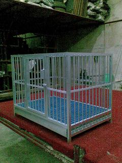 FOR SALE: DOG CAGE ALUMINUM