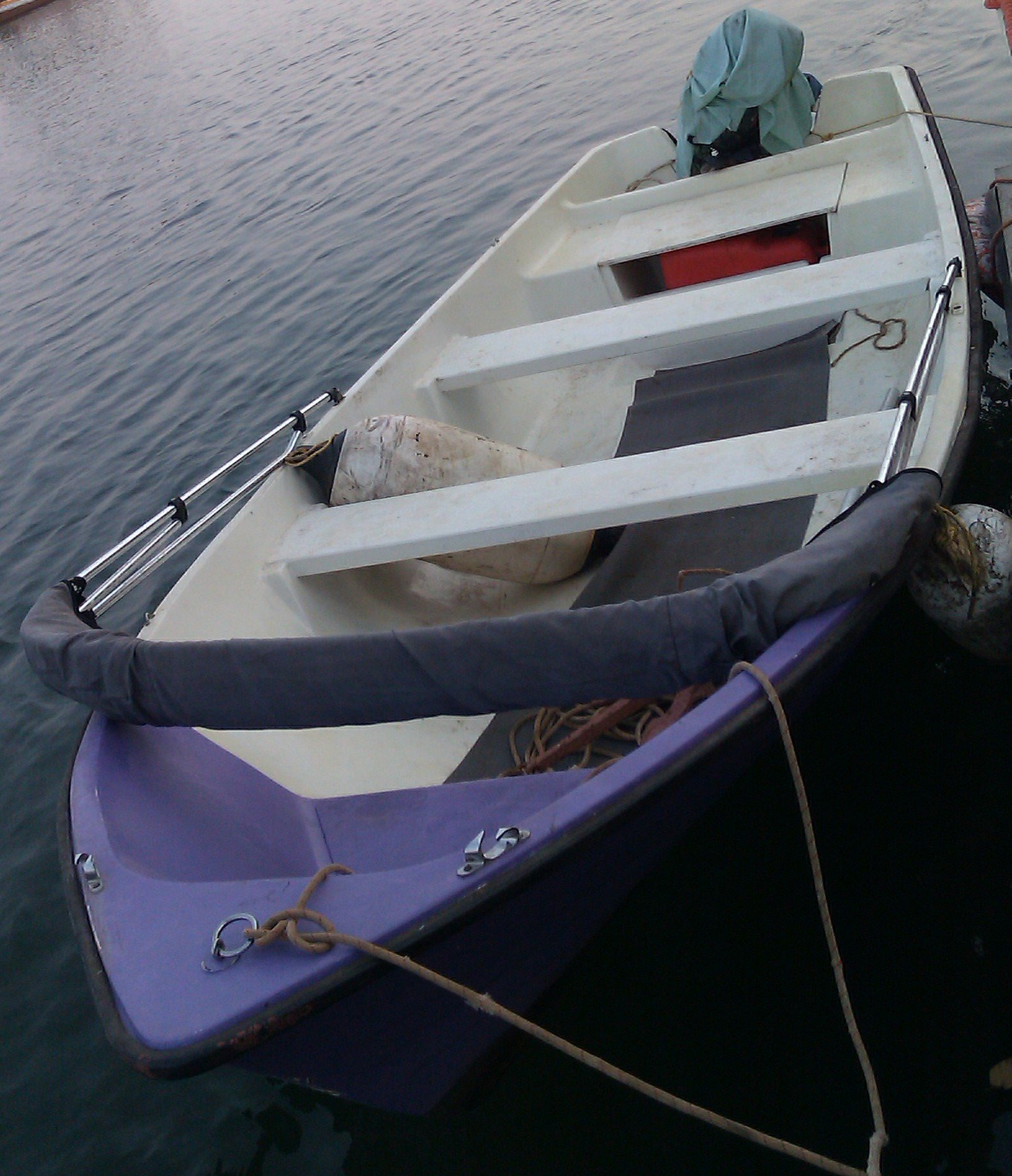 FOR SALE: Speed Boat With Yamaha 15Hp  Engine