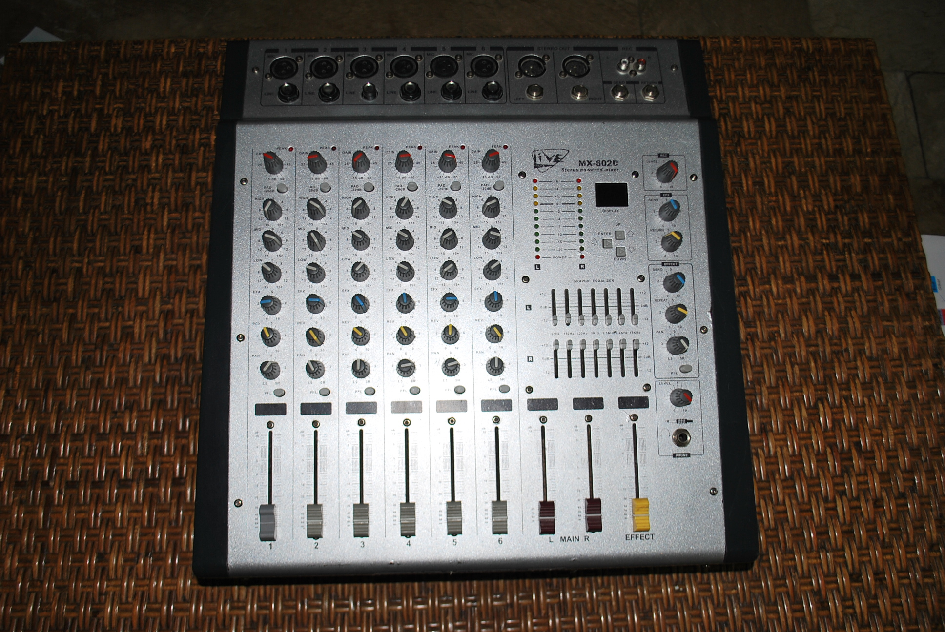 FOR SALE: mixer powered