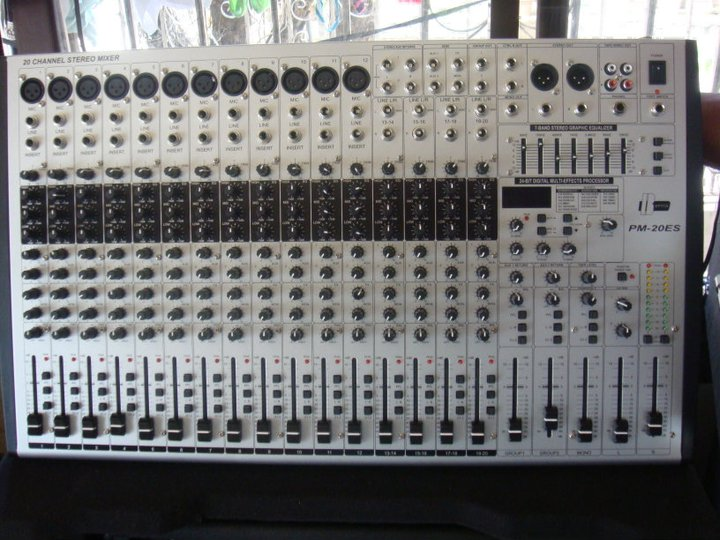 FOR SALE: SELLING 20 Channel MIXER BETTER PM-20ES