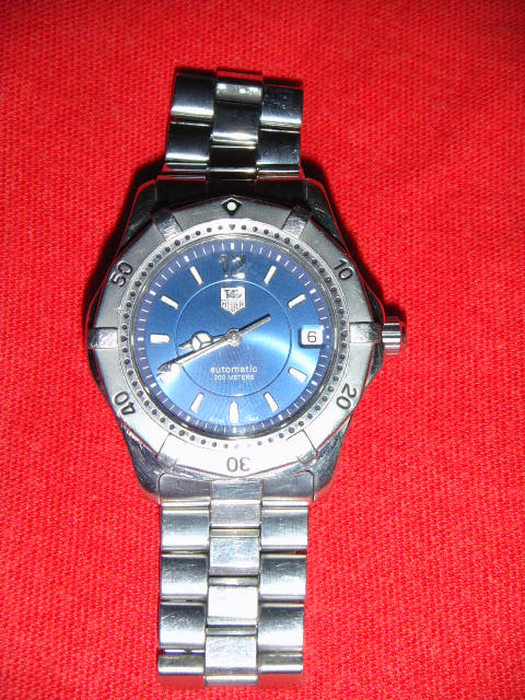 FOR SALE: TAG Heuer 2000 series automatic full men size royal blue dial