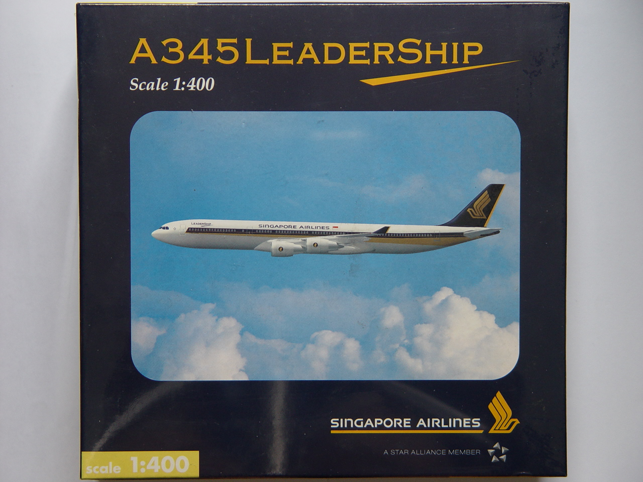 FOR SALE: Singapore Airlines A340-500 Leadership Aircraft Model