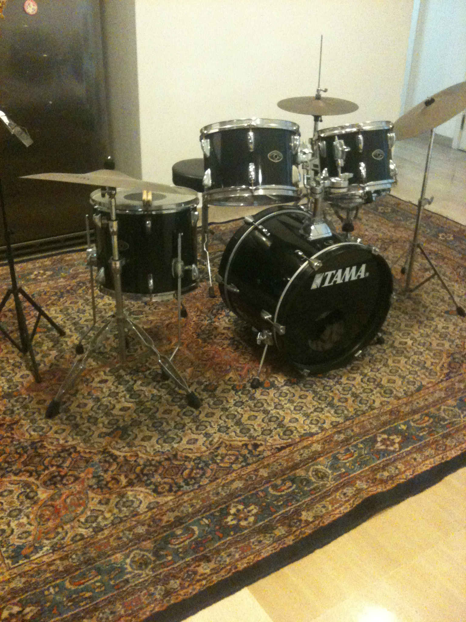FOR SALE: TAMA Drums set