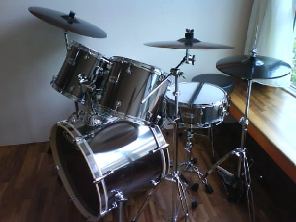FOR SALE: Mapex Drum set & Zildjian Cymbals for sale @ $500