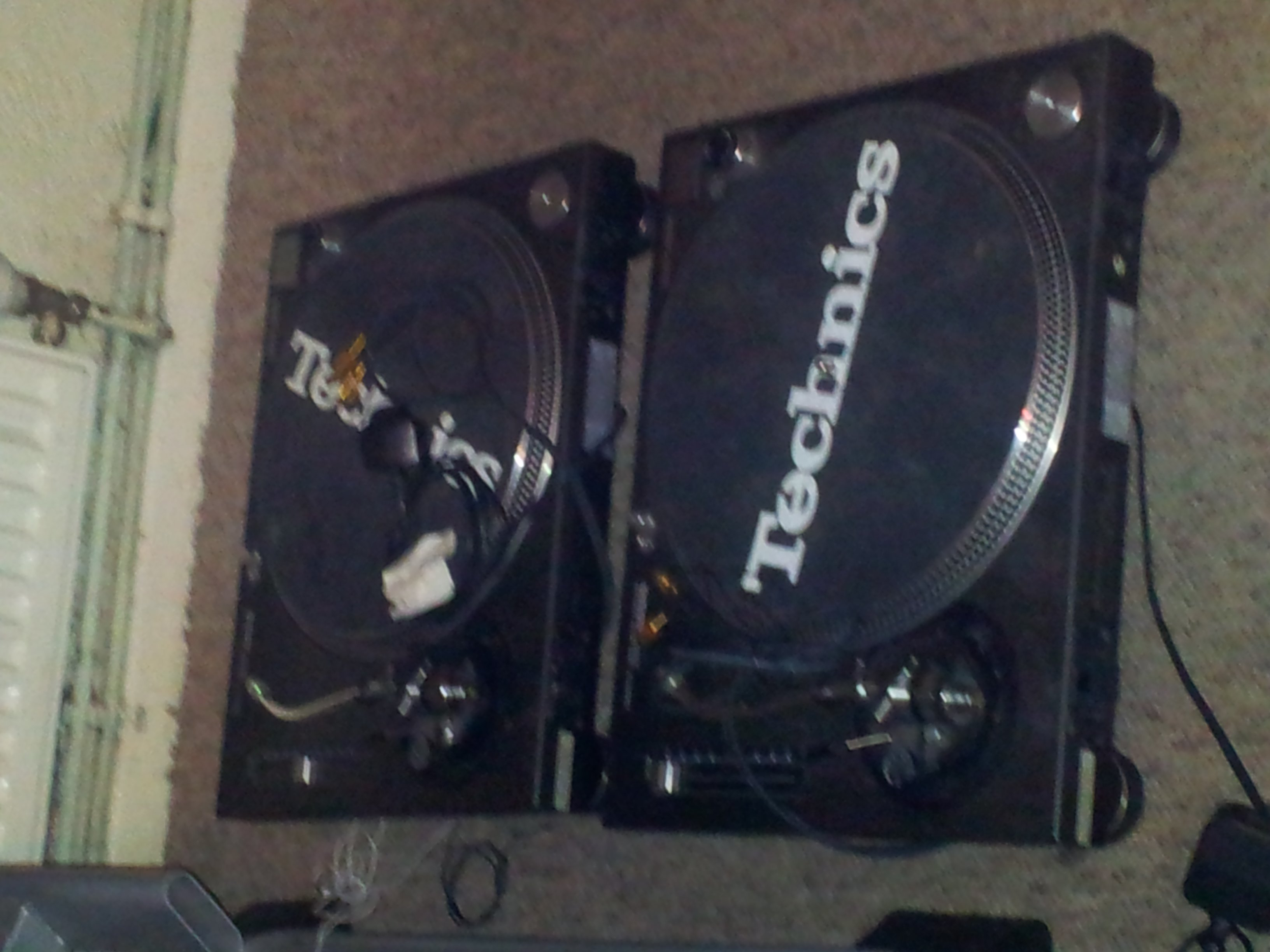FOR SALE: *SLASHED PRICE* TECHNICS 1210 Mk2 recently serviced & upgraded
