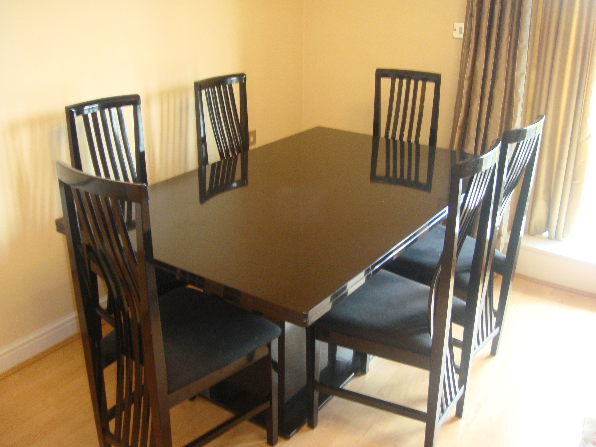 Dining table second hand dining table chairs manchester - Second hand dining tables ...
