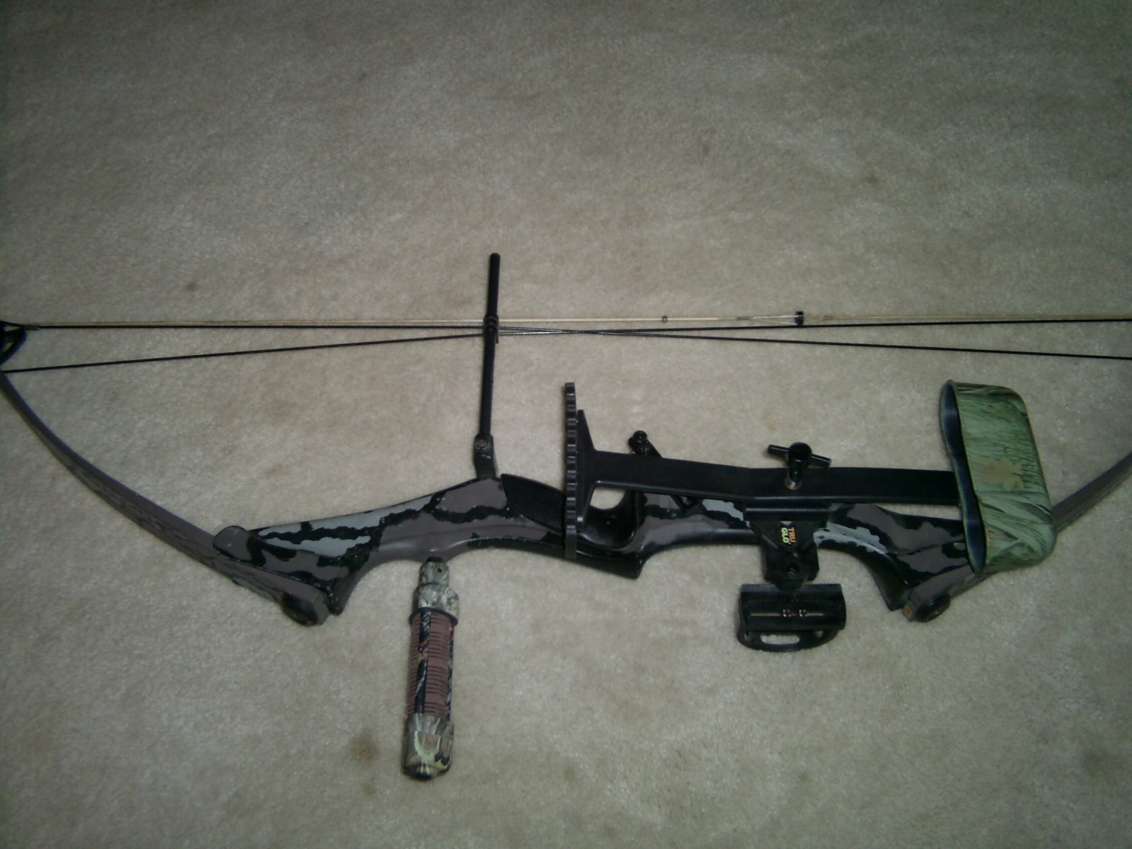 FOR SALE: Darton Hunting Bow